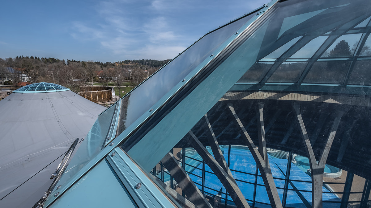 LAMILUX Glass Roof PR60 at the brine thermal bath in Bad Dürrheim