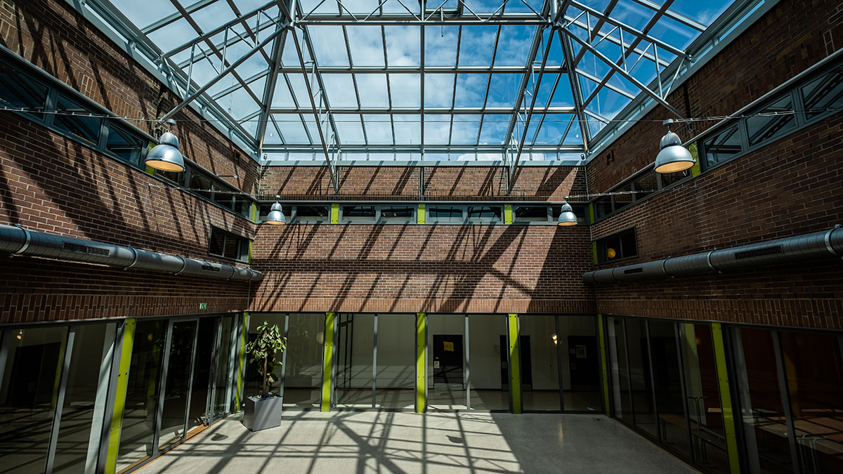 LAMILUX Renovation of the Dante Secondary School in Munich